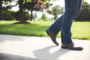5 Reasons to Walk More Often